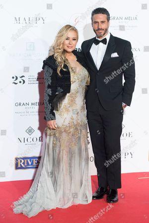 Stock Image of Anastacia and Raul Olivo