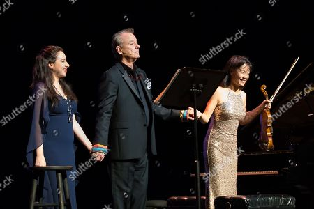 Pianist Vanessa Perez, Bill Murray and violinist Mira Wang perform onstage