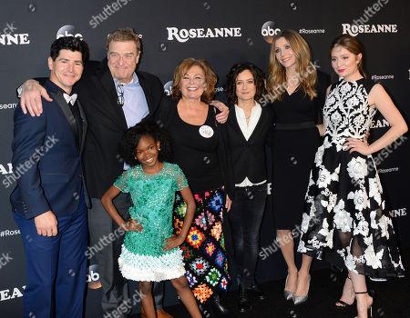 Michael Fishman, John Goodman, Roseanne Barr, Sara Gilbert, Sarah Chalke, Emma Kenney