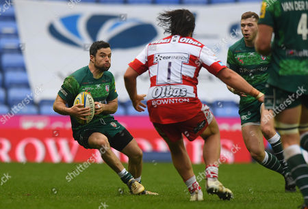 James Marshall of London Irish in action against Josh Hohneck of Gloucester Rugby during the Aviva Premiership Rugby match between London Irish and Gloucester Rugby at Madejski Stadium on March 24th 2018 in Reading, Berkshire, England. (Photo by Gareth Davies/PPAUK)