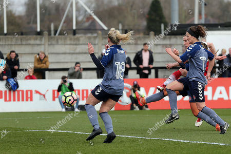 Heather O'Reilly of Arsenal Women scores the second goal during Arsenal Women vs Charlton Athletic Women, SSE Women's FA Cup Football at Meadow Park on 25th March 2018