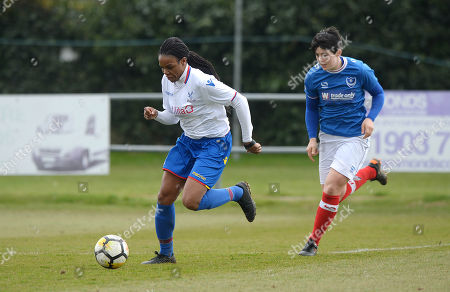 Mary Robinson of Crystal Palace Ladies on the attack during The Women's Premier League South match between Portsmouth Ladies v Crystal Palace Ladies on March 25th 2018 at The Sportsground, Littlehampton, West Sussex, England. (Photo by Gareth Davies/PPAUK)