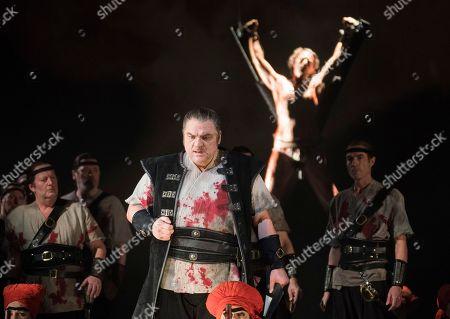 Zeljko Lucic as Macbeth