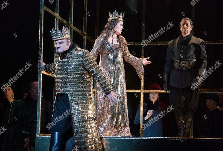 Zeljko Lucic as Macbeth, Anna Netrebko as Lady Macbeth, Ildebrando D'Arcangelo as Banquo