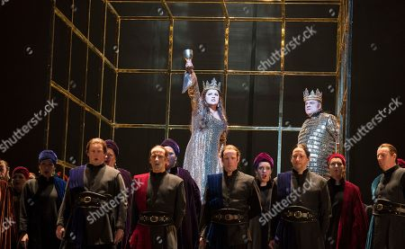 describing macbeth as the conscious villain to unrepentant tyrant in the play macbeth Macbeth, if one interprets the play in one particular perspective he likely became an unwilling tyrant due to the twisted fate that befell him he likely became an unwilling tyrant.