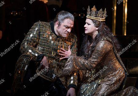 Stock Photo of Zeljko Lucic as Macbeth, Anna Netrebko as Lady Macbeth
