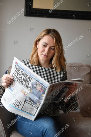 Cyclist Jess Varnish With A Daily Mail Copy.