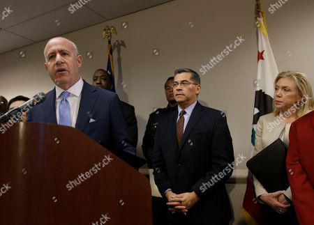 Darrell Steinberg, Daniel Hahn, Xavier Becerra, Anne Marie Schubert. Sacramento Mayor Darrell Steinberg, left, discusses the killing of Stephon Clark by two Sacramento Police officers, in Sacramento, Calif. Sacramento Police Chief Daniel Hahn, third from right, asked California Attorney General, Xavier Becerra, second from right, to be part of an independent investigation into the shooting of Clark, who was unarmed, when he was shot and killed a week ago by officers responding to a call about a person smashing car windows. At right is Sacramento County District Attorney Anne Marie Schubert