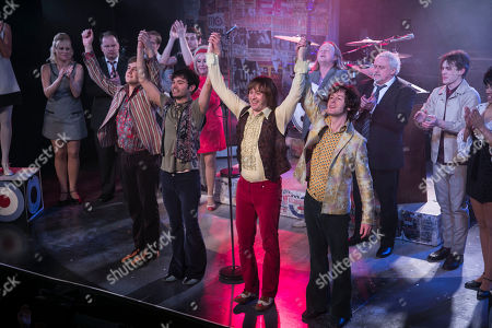 Stefan Edwards (Kenney Jones), Stanton Wright (Ronnie Lane), Samuel Pope (Young Steve Marriott), Joseph Peters (Jimmy Winston) and members of the cast during the curtain call