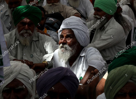Stock Image of Indian farmers participate in a protest to support Indian veteran social activist Anna Hazare (Unseen) who is sitting on the seventh day of his indefinite hunger strike at Ramlila Maidan, in New Delhi, India, 29 March 2018. According to a news report, Anna Hazare is on an indefinite hunger strike as he demands for a stronger Lokpal or Anti-graft bill and better conditions for farmers in India.