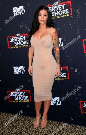 """Jenni 'Jwoww' Farley arrives at the LA Premiere of """"Jersey Shore Family Vacation"""" on Thursday, March 29, in Los Angeles"""