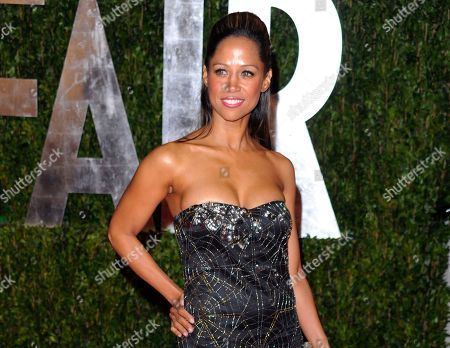 """Actress Stacey Dash arrives at the Vanity Fair Oscar party in West Hollywood, Calif. Actress-turned-conservative-commentator Stacey Dash has ended her campaign for a Southern California congressional seat, the """"Clueless"""" actress announced on her website"""