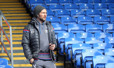 Yohan Cabaye of Crystal Palace arrives at Selhurst Park ahead of the Premier League match between Crystal Palace and Liverpool on 31st March 2018 at Selhurst Park Stadium, Croydon, London.