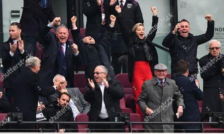 David Gold celebrates the opening goal alongside Barry Fry