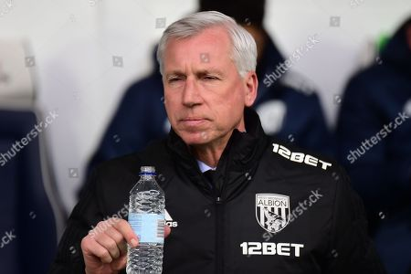 West Bromwich Albion manager Alan Pardew during the Premier League match between West Bromwich Albion and Burnley at The Hawthorns, West Bromwich. Picture by Dennis Goodwin