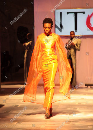 Models present creations by Mark Johnson during the Accra Fashion Week, in Accra, Ghana, 31 March 2018. The Accra Fashion Week attracts top West African and African designers to showcase their creations from 29 March to 01 April.