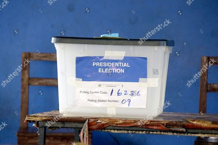 A full ballot box sits on a table at a polling station during the presidential election run-off in Freetown, Sierra Leone, 31 March 2018. Sierra Leone?s ruling party candidate Samura Kamara and opposition leader Julius Maada Bio are the two contenders in the election. The West African nation held a run-off election to replace President Ernest Bai Koroma after neither of the candidates secured enough votes for an outright victory during the first round.
