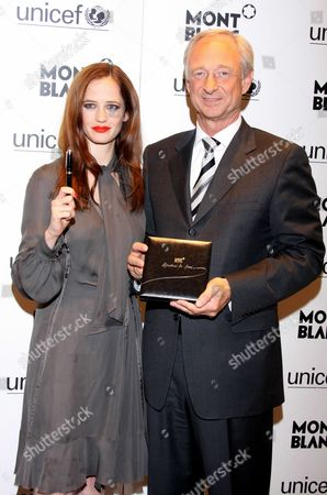Eva Green and Lutz Bethge, Executive Director of Montblanc International