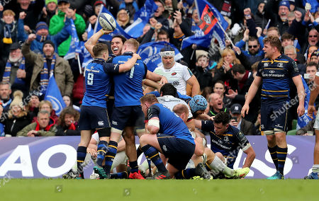 Leinster vs Saracens. Leinster's James Lowe celebrates his try with Luke McGrath and Dan Leavy