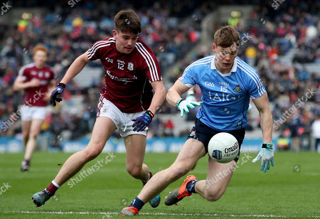 Dublin vs Galway. Dublin's Paddy Andrews and Sean Kelly of Galway