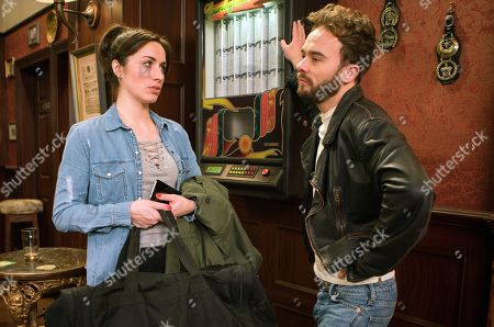 Ep 9423 Friday 6th April 2018 - 1st Ep Shona Ramsey, as played by Julie Goulding, is pleased when David Platt, as played by Jack P Shepherd, asks to meet her in the Rovers and confides in Josh that he might have come to his senses. She's gutted when David arrives in the pub with the rest of her stuff in bags.