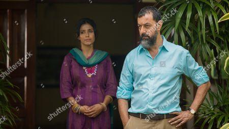 Rajat Kapoor as Amit Mukerjee and Ritu Arya as Barsha