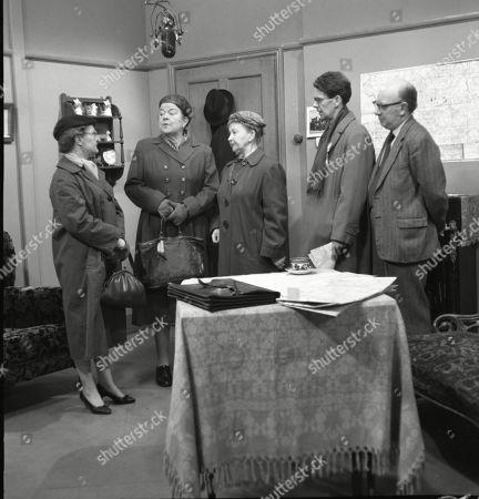 Lynne Carol (as Martha Longhurst), Violet Carson (as Ena Sharples), Margot Bryant (as Minnie Caldwell), Stephen Hancock (as Mr Spinks) and Arthur Lowe (as Leonard Swindley)