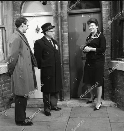 Stephen Hancock (as Mr Spinks), Arthur Lowe (as Leonard Swindley) and Pat Phoenix (as Elsie Tanner)