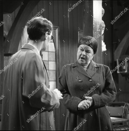 Stephen Hancock (as Mr Spinks) and Violet Carson (as Ena Sharples)