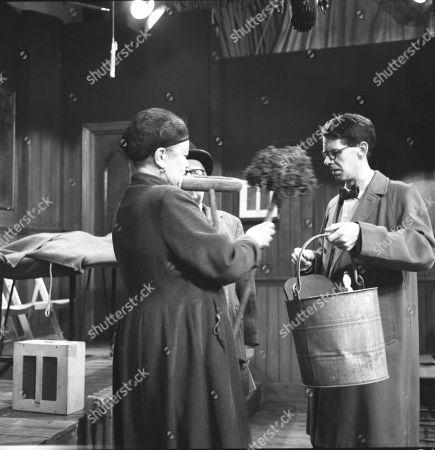Violet Carson (as Ena Sharples), Arthur Lowe (as Leonard Swindley) and Stephen Hancock (as Mr Spinks)