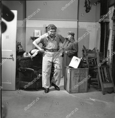 Frank Atkinson (as Sam Leach), Peter Adamson (as Len Fairclough) and Margot Bryant (as Minnie Caldwell)