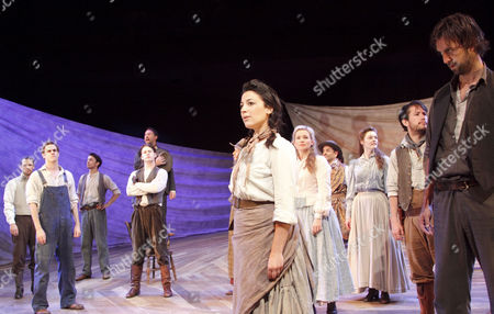 'Oklahoma!' - centre: Leila Benn Harris (Laurey), right: Craige Els (Judd)