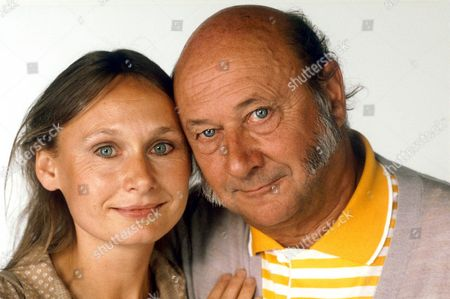 DONALD PLEASENCE AND DAUGHTER ANGELA