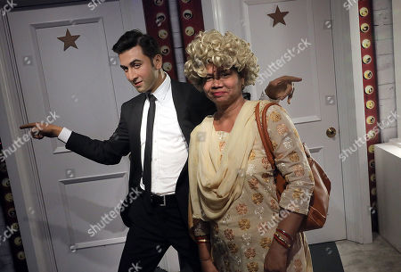 Indian visitor pose next to the wax figure of Indian Bollywood actor Ranbir Kapoor at the Madame Tussauds wax museum in New Delhi, India, 04 April 2018. Madame Tussauds New Delhi features 50 wax figures of personalities from the fields of sports, music, film, history and politics.