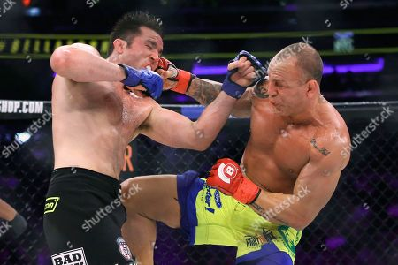 Chael Sonnen, Wanderlei Silva. Chael Sonnen, left, trades blows with Wanderlei Silva, of Brazil, during a mixed martial arts bout at Bellator 180 early, in New York. Sonnen won via unanimous decision
