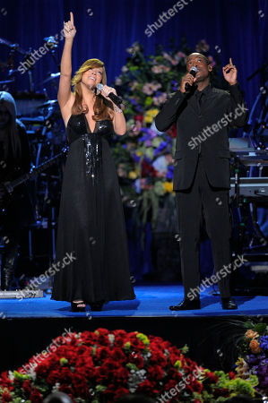 Mariah Carey, Trey Lorenz. Singers Mariah Carey and Trey Lorenz perform during the memorial service for Michael Jackson at the Staples Center in Los Angeles