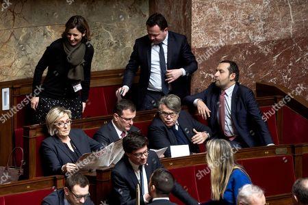 Emmanuelle Menard ; Bruno Bilde ; Sebastien Chenu; Gilbert Collard ; Louis Aliot ; Marine Le Pen (RBM et FN)