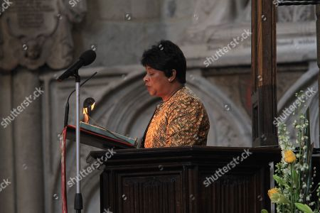 Baroness (Doreen) Lawrence of Clarendon reads from Amos 5: 18-24 from the Nave Pulpit