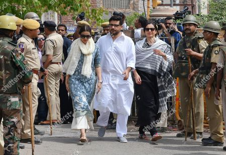 Tabu, Sonali Bendre. Bollywood star Tabu, center right and Sonali Bendre, center left, arrives to appear before a court in Jodhpur, Rajasthan state, India, . Tabu and Sonali who were among those accused of poaching rare deer in a wildlife preserve two decades ago were acquitted Thursday