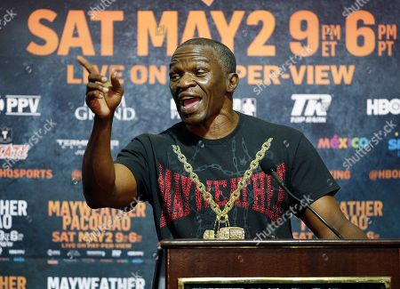 Boxer Floyd Mayweather Jr.'s father and trainer Floyd Mayweather Sr. speaks during a media roundtable, in Las Vegas. Floyd Mayweather Jr. will face Manny Pacquiao in a welterweight boxing match in Las Vegas on May 2