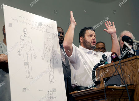 Editorial image of Police Shooting Missouri Autopsy, St. Louis County, USA - 18 Aug 2014
