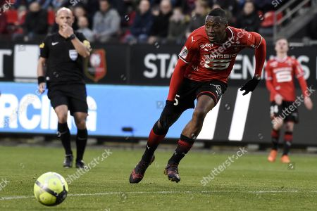 Rennes s player Diafra Sakho fights for the ball