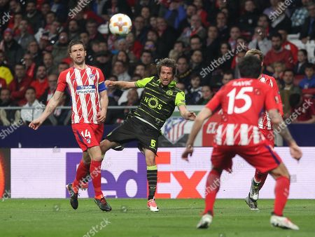 Sporting Lisboa player Fabio Coentrao, Atletico Madrid's Spanish midfielder Gabi