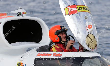 Andrew Tate, piloting the Sound Propeller/Les Schwab boat, smiles as he arrives at the dock after winning the final of the H1 Unlimited Albert Lee Appliance Cup during Seafair weekend, in Seattle