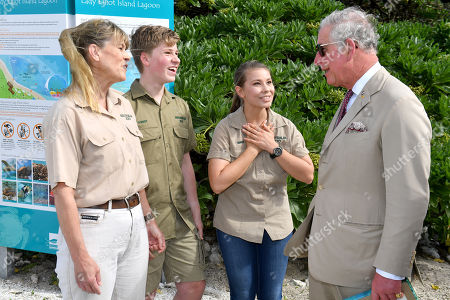 Terri Irwin (L), Bob Irwin (2-L), Bindi Irwin (2-R) and Britain's Prince Charles speak before a roundtable to discussing coral resilience on Lady Elliot Island in Queensland, 06 April 2018. The Prince of Wales and Duchess of Cornwall are on a seven-day tour of Australia, visiting Queensland and the Northern Territory.