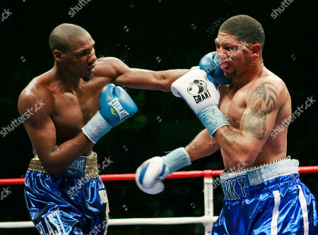 Winky Wright, Paul Williams. Paul Williams connects with a left to Winky Wright during the 12th round of their middleweight boxing match, in Las Vegas. Williams won by unanimous decision