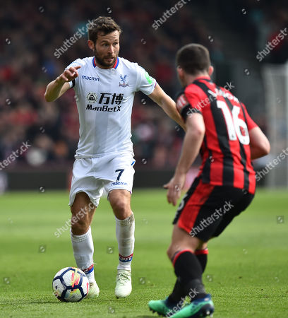 Yohan Cabaye (7) of Crystal Palace on the attack during the Premier League match between Bournemouth and Crystal Palace at the Vitality Stadium, Bournemouth. Picture by Graham Hunt