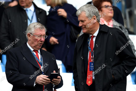 Former Manchester United manager Sir Alex Ferguson and former Chief Executive of Manchester United David Gill in the stands prior to kick-off
