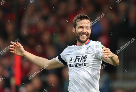 Yohan Cabaye of Crystal Palace reacts