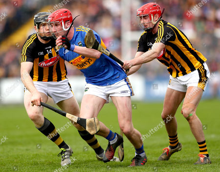 Kilkenny vs Tipperary . Kilkenny's Walter Walsh and James Maher with Billy McCarthy of Tipperary